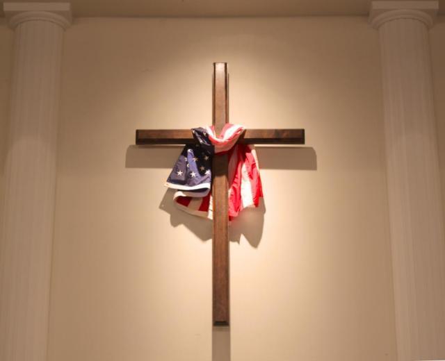 american-flag_on-the-cross