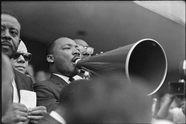 Dr. Martin Luther King, Jr., addresses crowd