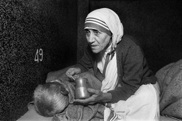 Mother Teresa_pew