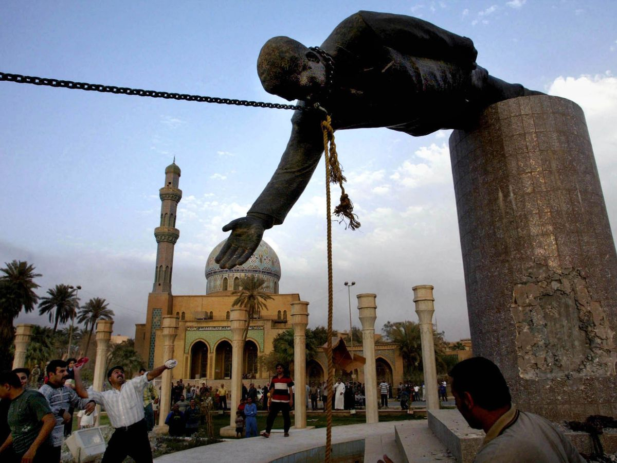 Saddams-statue